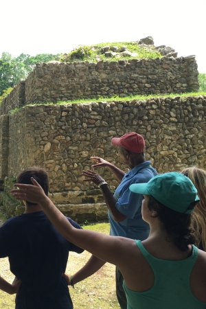 Caye Caulker, Belize: Major Tom Greenwod describing the temples of Altun Ha...if you can go with this tour guide, DO!