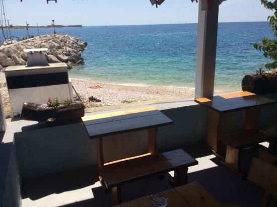 Unije, Chorwacja: Vista dal ristorante