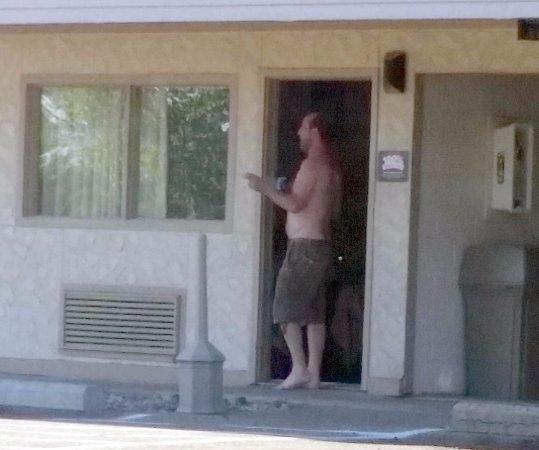 """โรสวิลล์, มิชิแกน: """"no smoking"""" rooms"""