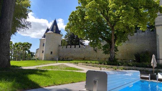 Chateau de Mirambeau Resmi