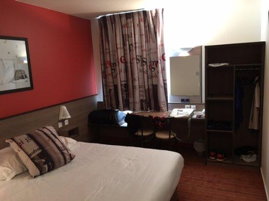 Ace Hotel: Bureau