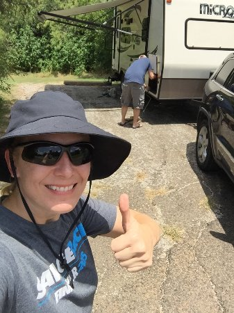 Cedar Hill, TX: Setting up our RV - we had the electric, sewer and water site.