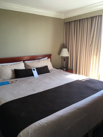 Century Plaza Hotel & Spa: photo0.jpg