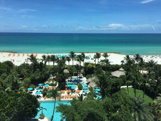 The Palms Hotel & Spa: photo2.jpg