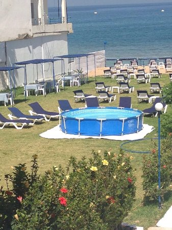 Jiyeh, เลบานอน: Chir Bay