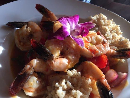 Hana Japanese Steakhouse and Sushi Bar: Shrimp rice and vegetable dish