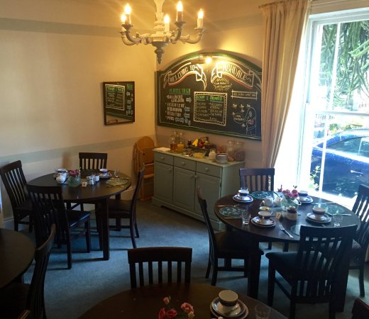 Ashdale Guest House: Breakfast Room