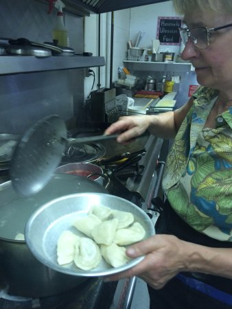 Vernon, Kanada: Jackie..the super cook knows exactly how you like your perogies