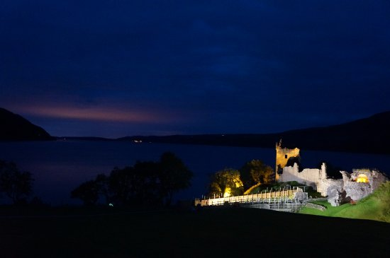 Loch Ness: 夜晚的尼斯湖