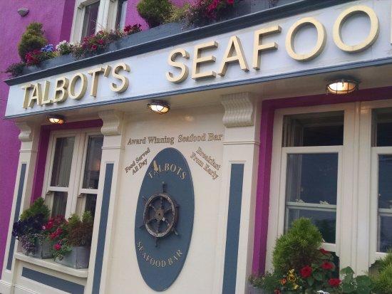 Talbots Seafood Bar: Street view