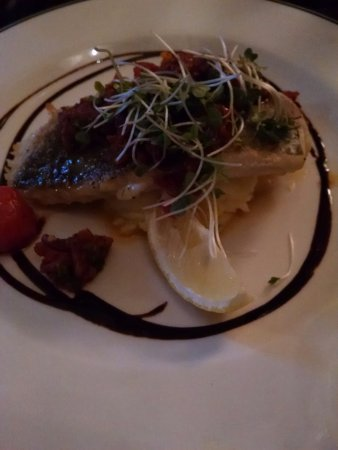Talbots Seafood Bar: hake, well prepared and artfully served, but cool
