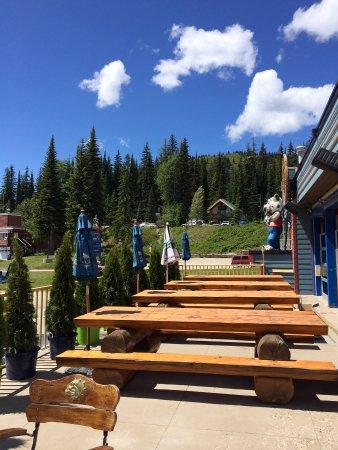Silver Star, Canada: Grand Cafe Patio