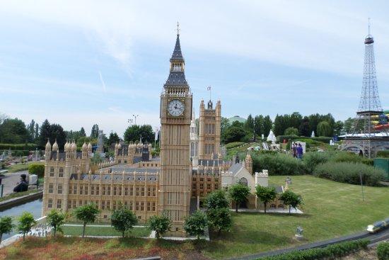 Have a taste of Europe via these Exciting Mini-European Landmarks