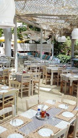 Kanali Beach Bar-Restaurant