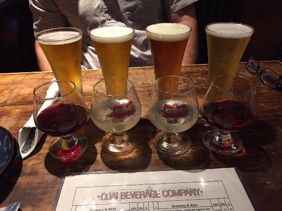 Ojai, CA: Beer and wine tasting flights