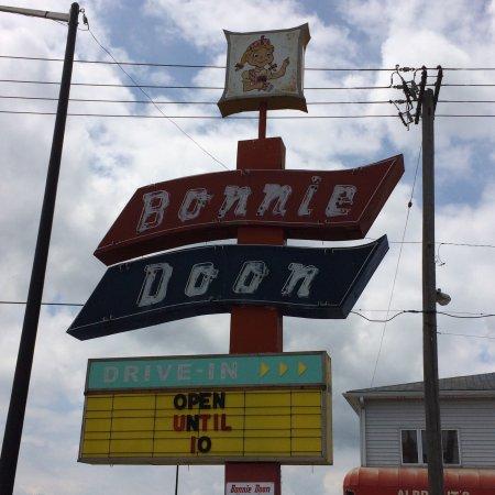Bonnie Doon Drive-In: photo0.jpg