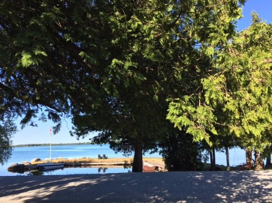 how to get to cove island ontario