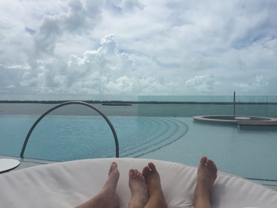 Bimini: Roof top infinity pool
