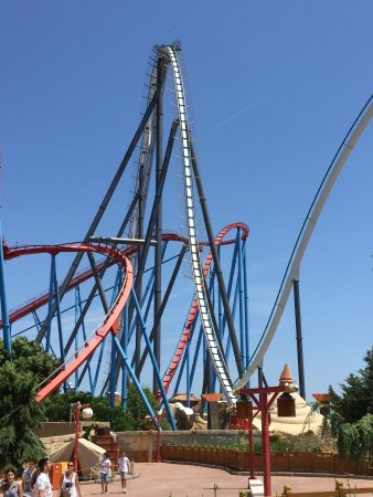 Portaventura world theme park a great day out park open until midnight during the summer - Reservation port aventura ...