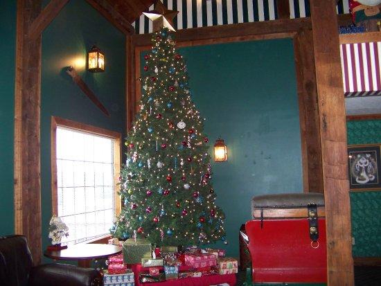 Santa's Lodge Picture