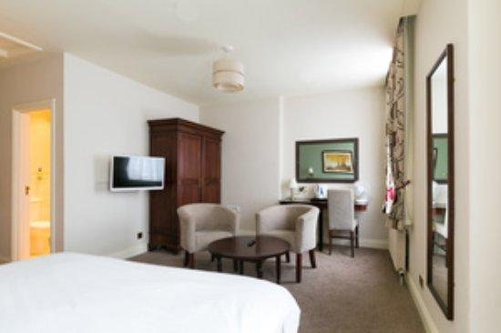 Lambton Arms: Bedroom
