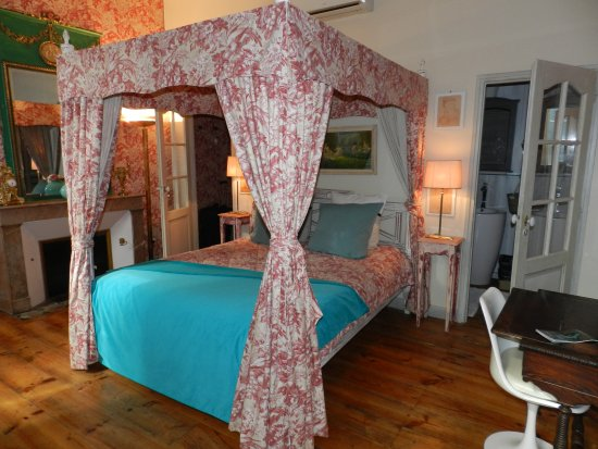 Les chambres du Manoir : Red Room