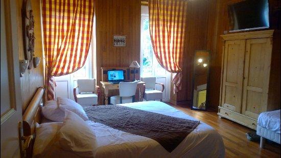 Hotel Des Bains : chambre n°5 Familiale 3 pers