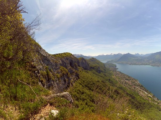 Haute-Savoie, Francia: Views of the ridge of Mont Veyrier and Mont Baron.
