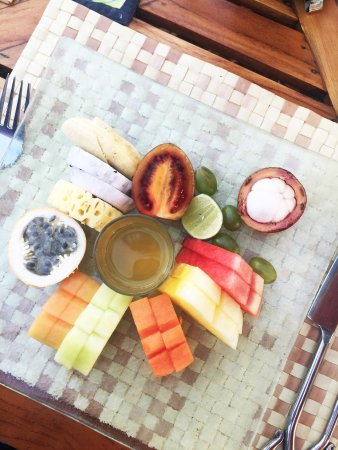 The Oberoi Bali: Don't miss ordering local fruit and lemongrass honey for breakfast.