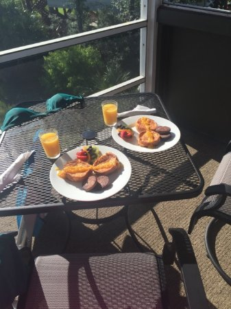 Cape San Blas Inn : Breakfast each morning was from scratch and delicious!