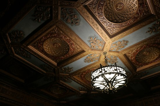 Scottish Rite Cathedral: Beautiful ceiling.