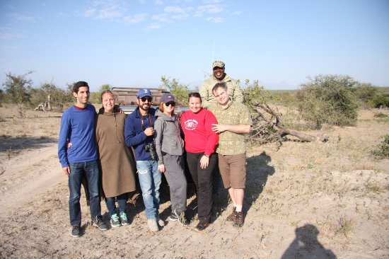 Pondoro Game Lodge: Our group on Safari