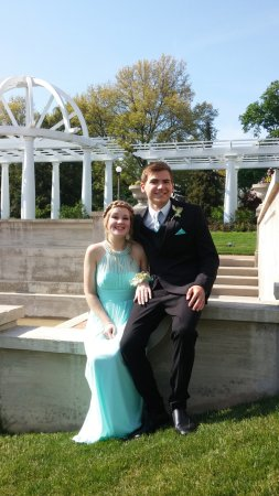 Lakeside Park & Rose Garden : prom 2016