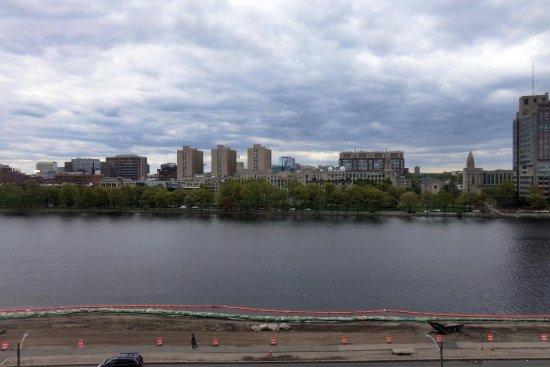 Hyatt Regency Cambridge, Overlooking Boston Bild