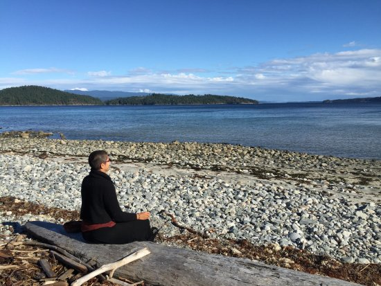 Hollyhock Lifelong Learning Centre: Meditating by the Ocean.