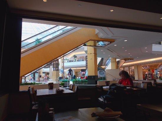 California PIZZA KITCHEN Somerset Mall Troy Michigan