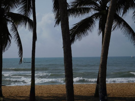 Central Region, Ghana: Beachfront of Ko-Sa Beach Resort