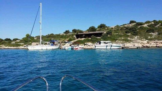 Kaprije, Croacia: Ulazak u uvalu