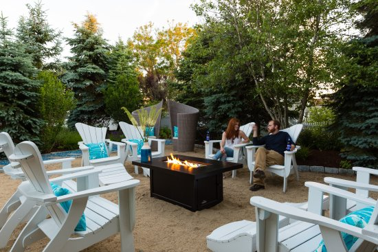 Blue - Inn on the Beach: Common courtyard with fire pit beside our 1- and 2-bedroom cottages.