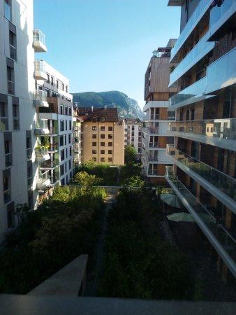Hôtel récent et +++ par rapports aux appart city que j'ai déjà visité en France