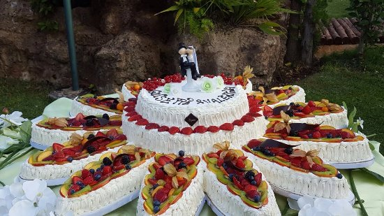 Torta Matrimonio Rustico : Torte per cresima in pasta di zucchero foto