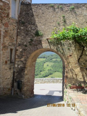 Murlo, Italië: porta