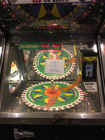 Pine Grove, Pensilvanya: All the broken down arcade games. This wasn't even all of them!