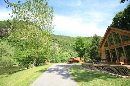 Cabins, Virginia Occidental: IMG_0446_large.jpg
