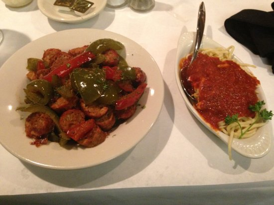serafini's: Sausage and peppers with a dollop of sauce