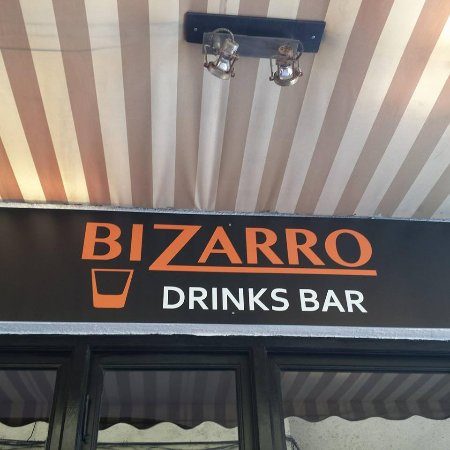 Bizarro Drinks Bar
