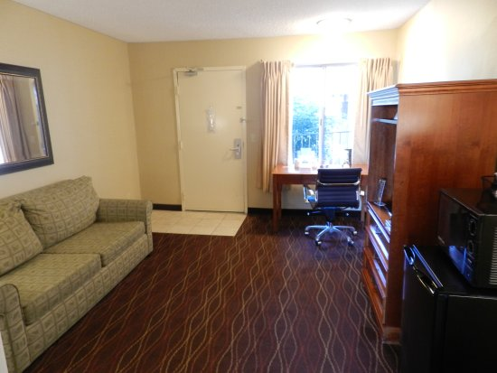 Days Inn and Suites Sea World: Suite (2)