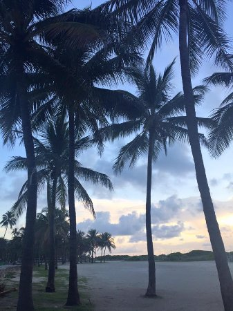 Hotel Victor: Beach few mins away