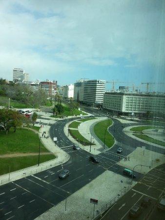 HF Fenix Garden: Vista do quarto para a Praça Marquês de Pombal