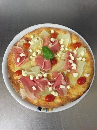 Ristorante Badinelli: Pizza estiva